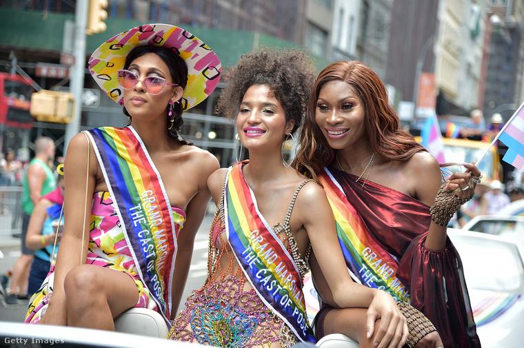 Ők MJ Rodriquez, Indya Moore és Dominique Jackson, a Pose című sorozat három sztárja