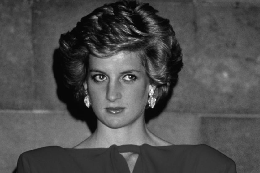 58 éves lenne Diana - Gyönyörű, estélyi ruhás fotót posztoltak a hercegnőről