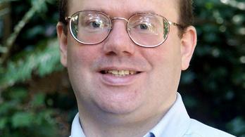 Közösségi oldalak bojkottjára szólít fel a Wikipédia alapítója
