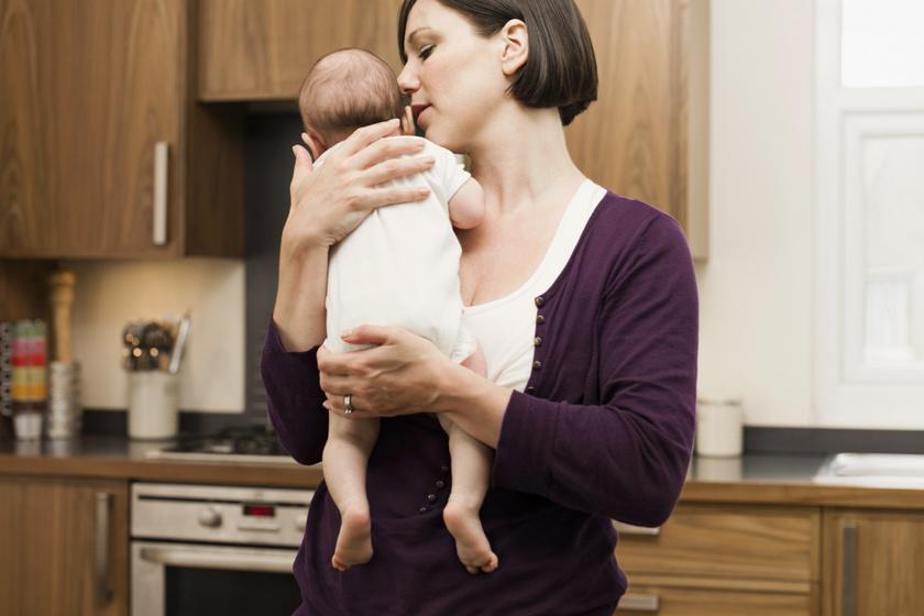Ha a normálisnál többet bukik a baba: amit a csecsemőrefluxról tudni érdemes