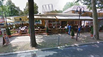 Eltörték egy férfi szemüregcsontját egy siófoki étterem előtt