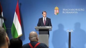 A Brüsszelből kapott pénztől teszi függővé a Fidesz-kormány, hogy támogatja-e a klímatervet