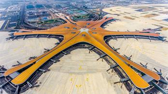 Elkészült Peking futurisztikus óriásreptere
