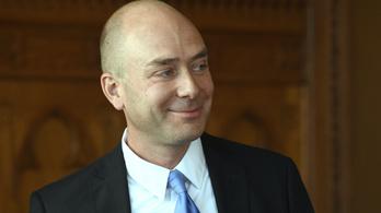 Megválasztották Áder ombudsmanjelöltjét