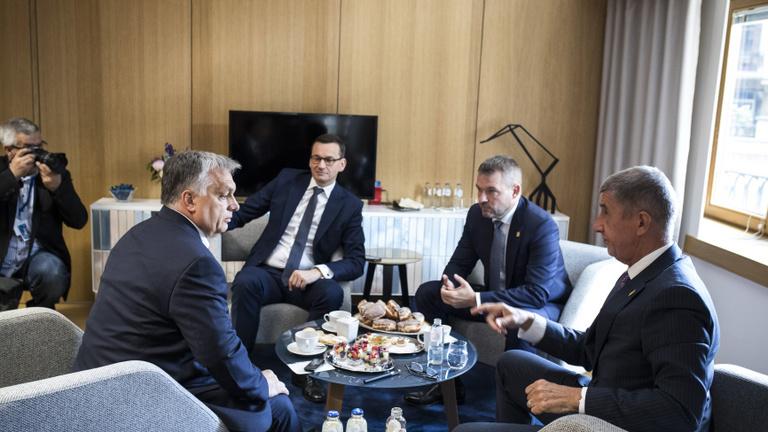 Új névsorral állt elő Donald Tusk: német jelölt a Bizottság élére