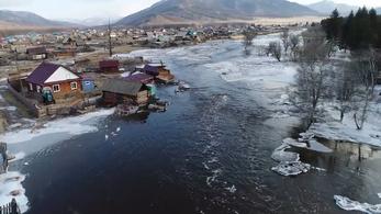 Az elmúlt 100 év legsúlyosabb árvize pusztít Szibériában