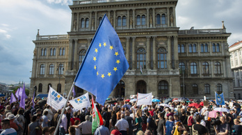 Hungarian Academy of Sciences turns to Constitutional Court against law taking away research institutes