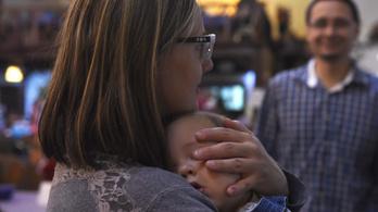 Elkezdődött a 10 milliós babaváró hitelek folyósítása