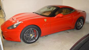 Ferrarikat béreltek Spanyolországban, majd az autókat eladták Magyarországon
