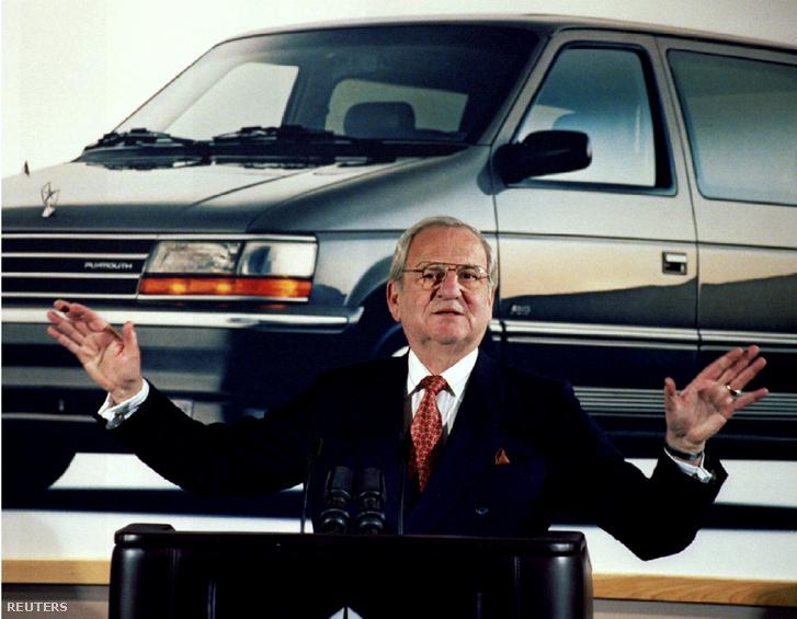 Lee Iacocca a Chrysler 1991. februári bemutatóján