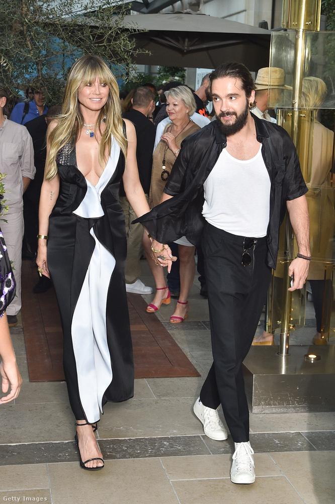 A képek hétfőn készültek Párizsban, ahol éppen az haute couture divathét zajlik éppen