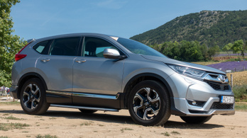 Teszt: Honda CR-V 1,5 Turbo Elegace - 2019.