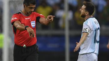Messi: A bíró ránk csapta az ajtót