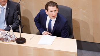 Szeptember 29-re tűzték ki a Strache-botrány miatti előrehozott osztrák parlamenti választást