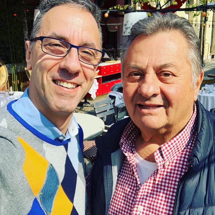 2019 áprilisában Csonka András Budapesten szelfizett egyet Kovács P. Józseffel.