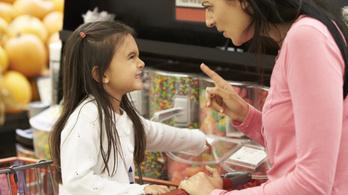 Tévhit, hogy a sok cukortól hiperaktív lesz a gyerek