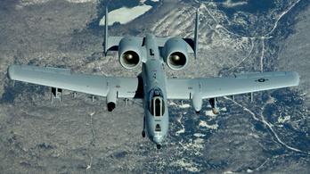 Véletlenül dobott gyakorlóbombákat  Floridára egy amerikai csatarepülő