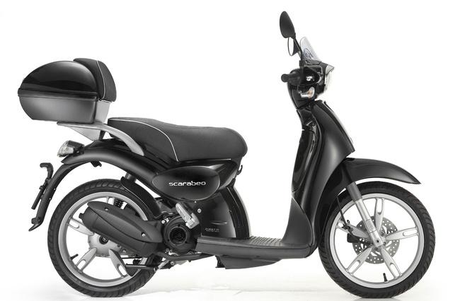 2009-Aprilia-Scarabeo-50-black