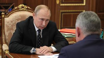 Putyin megerősítette, hogy atommeghajtású orosz tengeralattjárón volt tűz