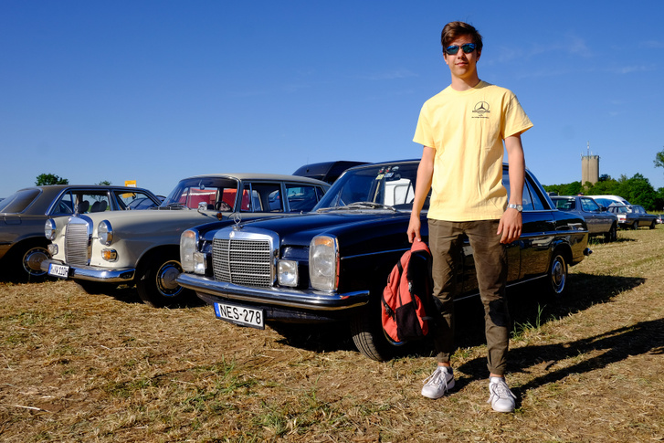 Németországban valahogy mindig otthonosan mutat egy öreg Mercedes