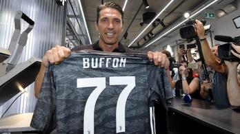 Buffon a csapatkapitányságot és régi mezét sem kérte