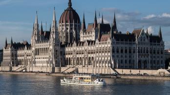 Az UNESCO bekeményít, veszélyben Budapest világörökségi címe