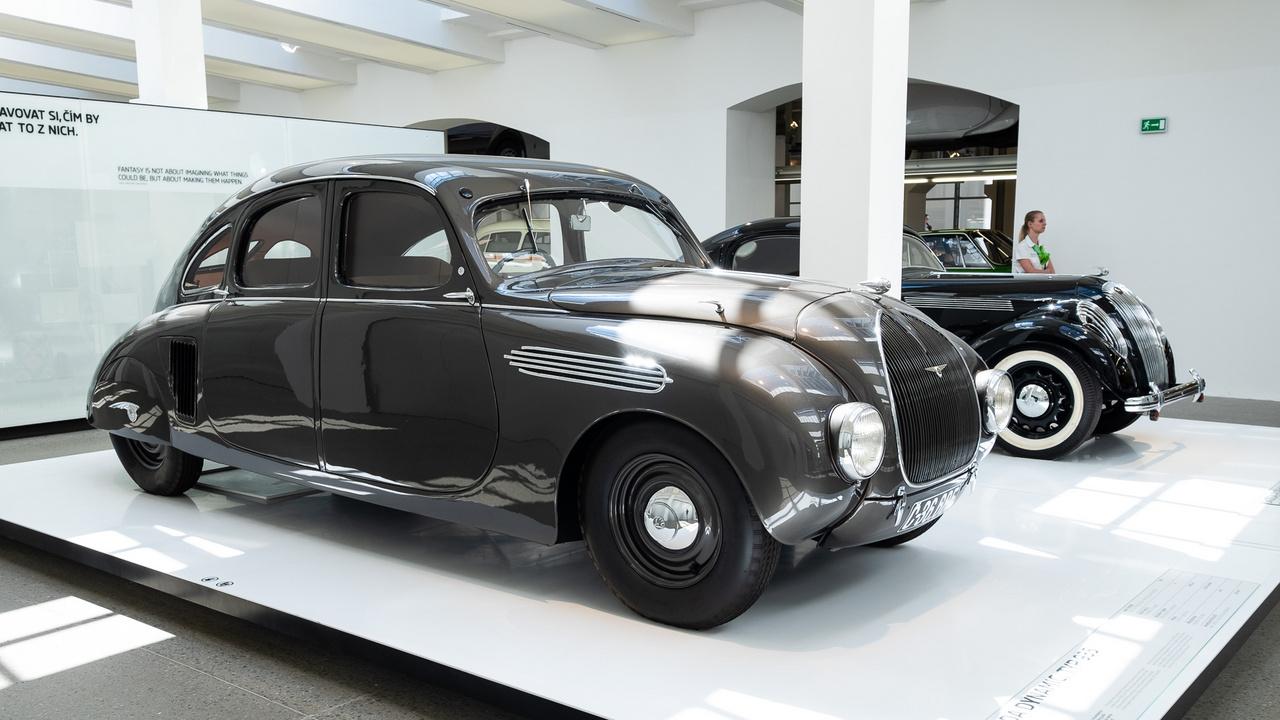 935-ös Skoda Dynamic áramvonal-prototípus, nahát, 1935-ből. 1939-ig tesztjárműként működött, majd magánkézbe került