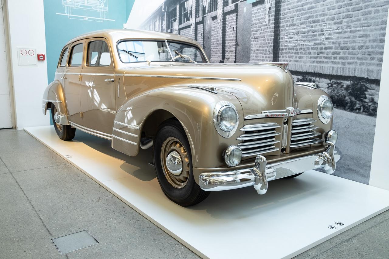 Ez egyike a nagyon ritka, összesen 158 példányban készült, háború utáni Superbeknek, egyben az első autó, amelyet a Skoda 1968-ban már szándékosan egy múzeum megalapításához vásárolt