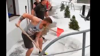 30 centi vastagon állt a jég Szlovéniában