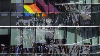 100 vállalat vezetője állt ki a Budapest Pride és a nyitottság mellett