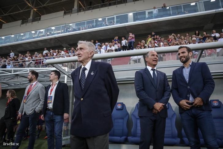 28526079_798894c6aa10d289ea2f7f0d2947472d_wm Orbán nélkül avatta fel a Vasas az új stadionját vasas stadionjat orban nelkul avatta