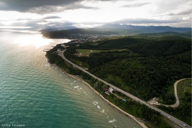 A Fekete-tenger partja a Krasznodari területen lévő Dzsugba közelében