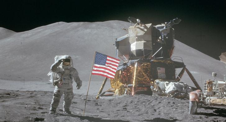David Scott űrhajós, az Apollo–15 legénységének tagja