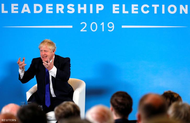 Boris Johnson a Konzervatív Párt egyik pártvezető-jelöltje 2019. július 6-án Notthingamben kampányol