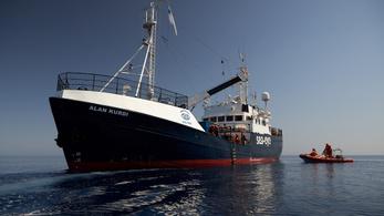 Nem engedélyezi Róma a kikötést két civil szervezet hajóinak