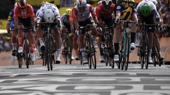 Sagan centikkel bukta el a Tour de France nyitószakaszát