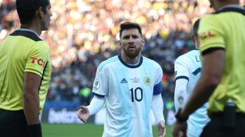 Messivel összeakaszkodtak, piros lapot kapott a Copa bronzmeccsén