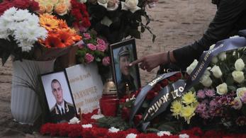 Eltemették az atommeghajtású orosz tengeralattjáró legénységét