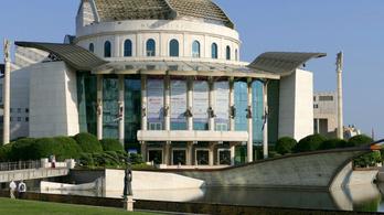 2 milliárd állami támogatás után 150 millió veszteséget termelt a Nemzeti Színház