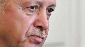 Fegyverrel keménykedtek Erdoğan testőrei a bosnyák határőröknek