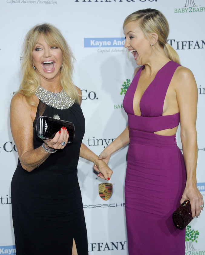 Goldie Hawn és Kate HudsonHa valakik, akkor ők bizony tényleg nem tudnák letagadni egymást