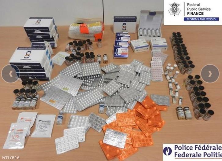 Az Európai Unió rendőrségi együttműködést koordináló ügynöksége, az Europol 2019. július 9-én közreadott felvétele lefoglalt teljesítményfokozókról és hamisított gyógyszerekről Belgiumban