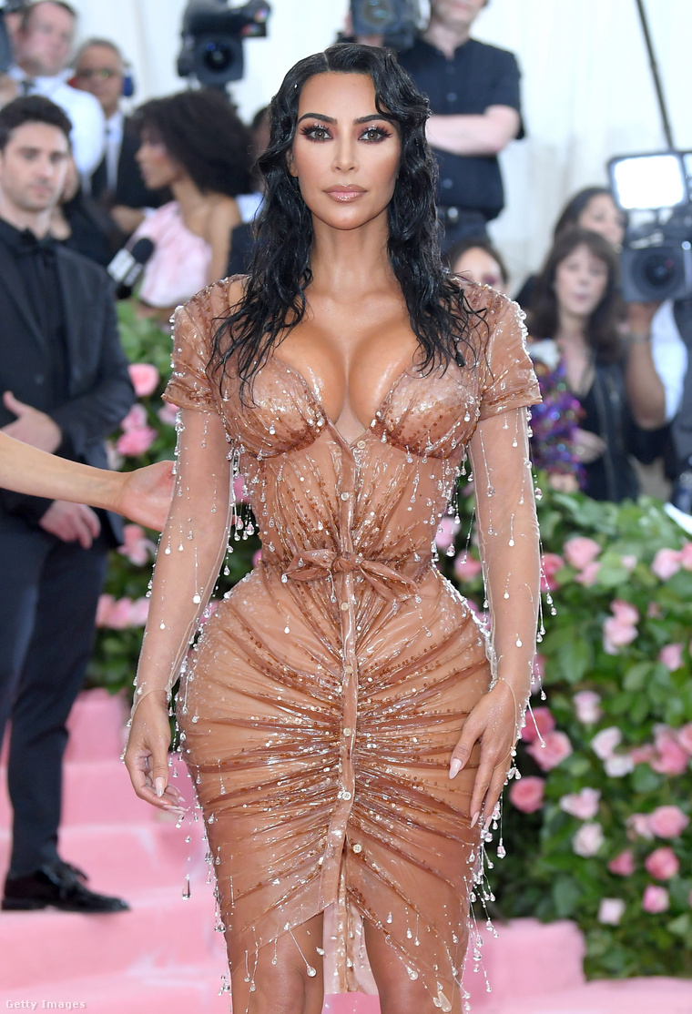 Kim Kardashian a Met-gálán