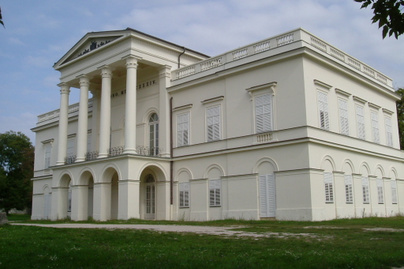 Bajna castle