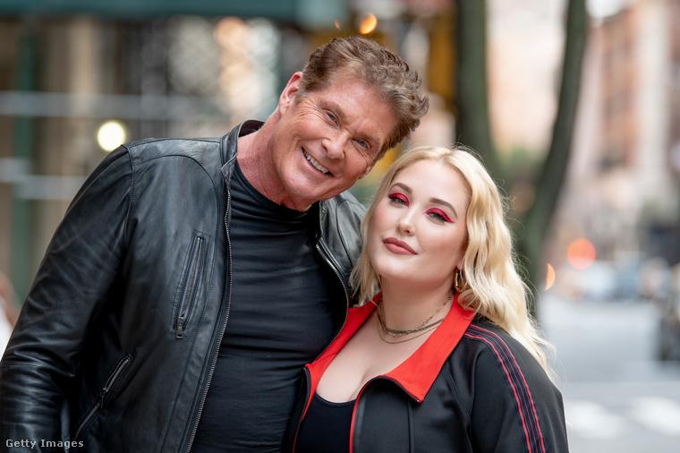 Ezen a képen David Hasselhoff a fiatalabbik lányával, Hayley Hasselhoffal látható