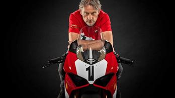 A Ducati 916-ot ünnepli a Ducati a Panigale V4 különkiadásával