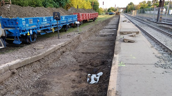 Bombát találtak a Rákospalota-Újpest vasútállomáson, lezárás lesz csütörtökön