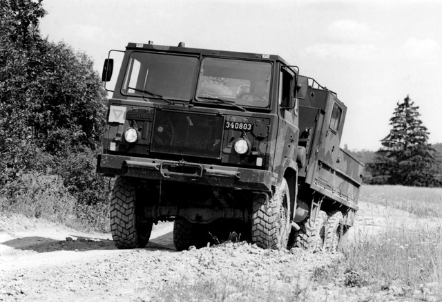 Scania SBAT 111 6x6.