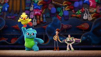 Aláírásokat gyűjtenek a Toy Story 4 leszbikus jelenete ellen