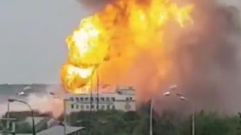 50 méteres lánggal égett egy Moszkva melletti hőerőmű